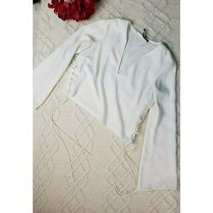845f9004 White bell sleeve zara crop tie v neck long top